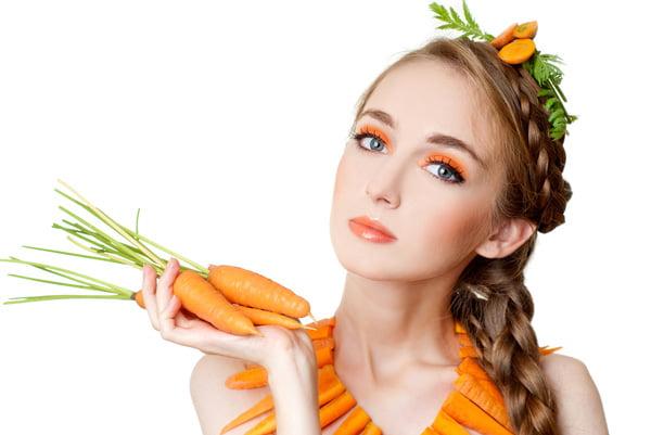 Cách trị thâm mụn bằng cà rốt
