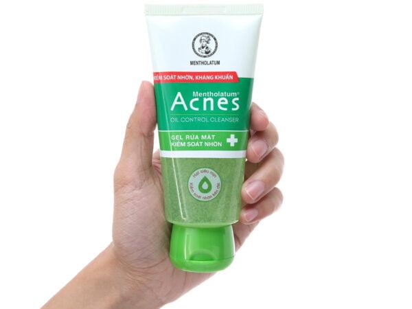 Sữa rửa mặt trị mụn Acnes Oil Control Cleanser