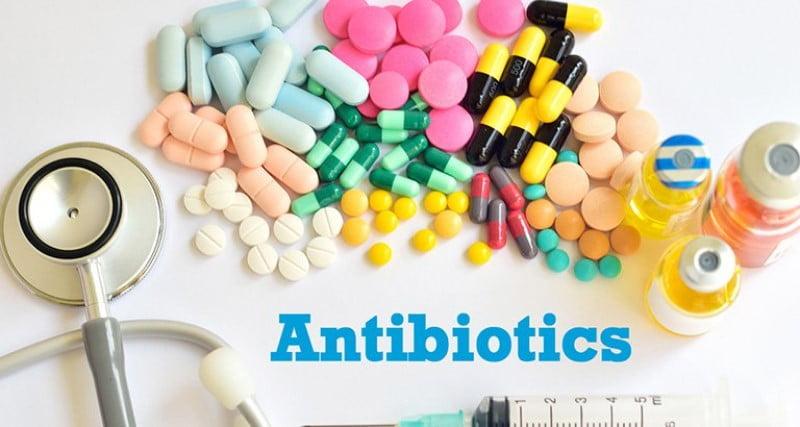 Thuốc kháng sinh trị mụn