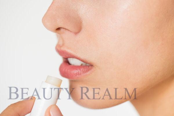 cách khắc phục phun môi bị bầm tím